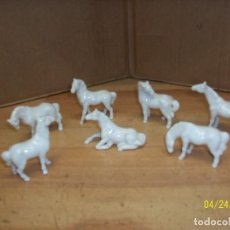 Antigüedades: LOTE DE 7 CABALLOS DE PORCELANA. Lote 118886839