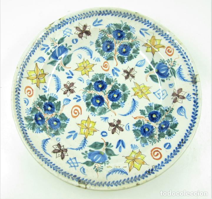 PLATO DE MANISES. 33,5CM DIÁMETRO (Antigüedades - Porcelanas y Cerámicas - Manises)