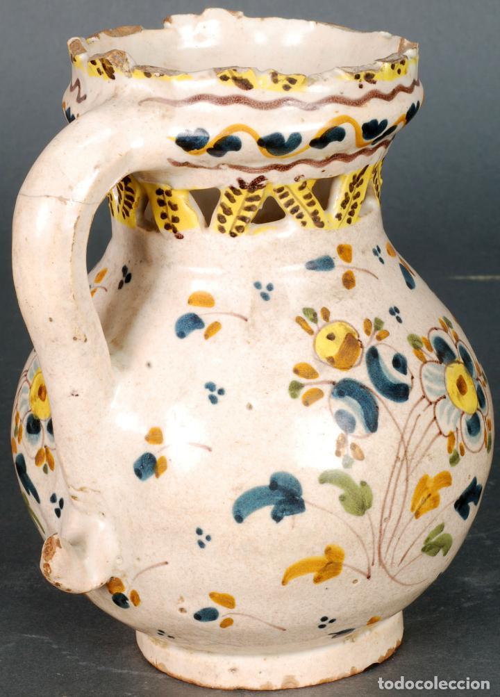 Antigüedades: Jarra burladera inscrita de cerámica esmaltada de Talavera finales del siglo XVIII - Foto 2 - 118910719