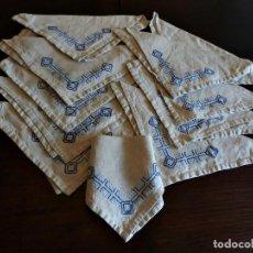 Antigüedades: T8 12 SERVILLETAS DE LINO BORDADO VASCO MANUAL. Lote 118914959