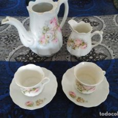 Antigüedades: JUEGO DE CAFE PORCELANA SIGLO XIX, DECORADA FLORES SELLADA SILESIA / EXCELENTE ESTADO. Lote 118915383