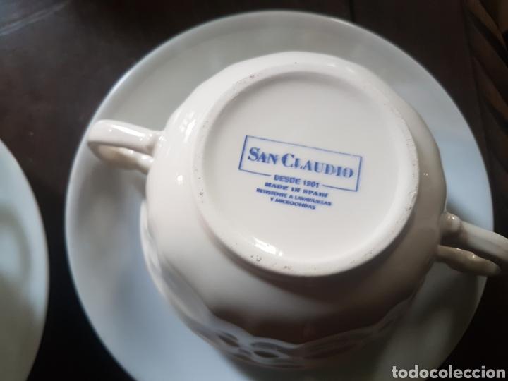 Antigüedades: Pareja de tazas de consomé San Claudio porcelana - Foto 3 - 118934111