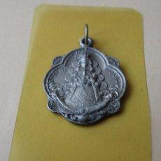 Antigüedades: ANTIGUA MEDALLA NTRA. SRA. DEL ROCIO, PATRONA DE ALMONTE 2,5 CM APROX,. Lote 119039431