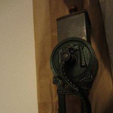 Antigüedades: RALLADOR DE PAN MARCA ELMA, AÑOS 40. Lote 119046995
