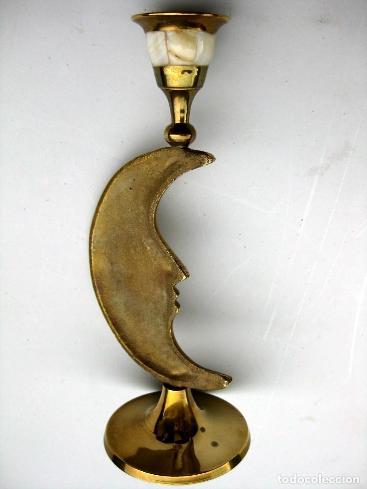Antigüedades: CANDELABRO EN BRONCE Y NACAR FORMA DE LUNA 17,5 CMS PESA 200 GRS - Foto 5 - 119088487