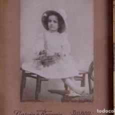 Antigüedades: RETRATO NIÑA, FOTO Y MARCO DE EPOCA. Lote 119103571