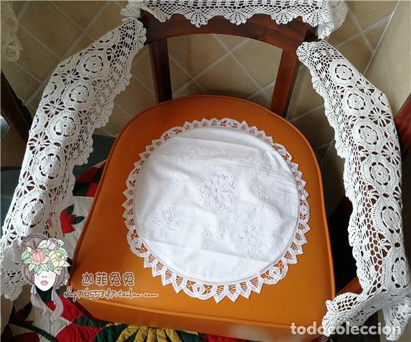 Antigüedades: Funda cojin, a mano de encajes de Brujas.40cm redondo. Blanco. Nuevo - Foto 7 - 119103851