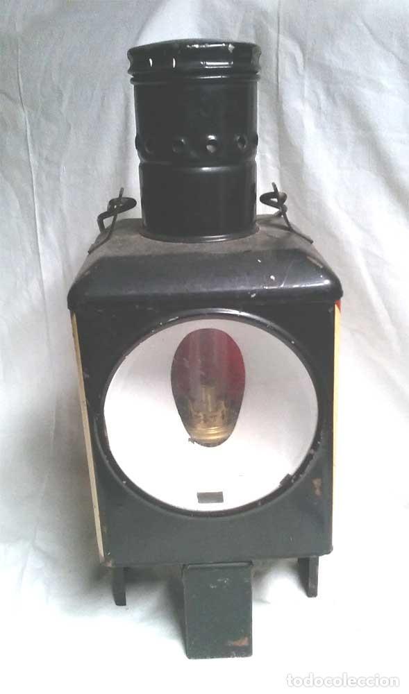 FAROL FINAL COMBOY ESTACIÓN TREN S XIX, PLANCHA ESMALTADA MARCADO DB 79. MED. 20 X 20 X 47 CM (Antigüedades - Iluminación - Faroles Antiguos)