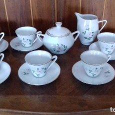 Antigüedades: ANTIGUO JUEGO DE CAFE RETRO DE LOS AÑOS 60 DE 14 PIEZAS DE PORCELANA SANTA CLARA.. Lote 119219247