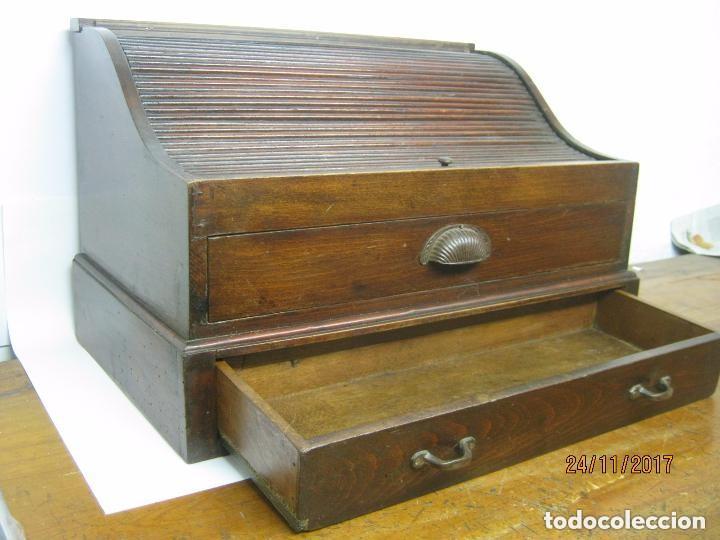 Antigüedades: Antiguo secreter buro con persiana - con secretos - tipo escritorio americano industrial - Foto 10 - 119231591