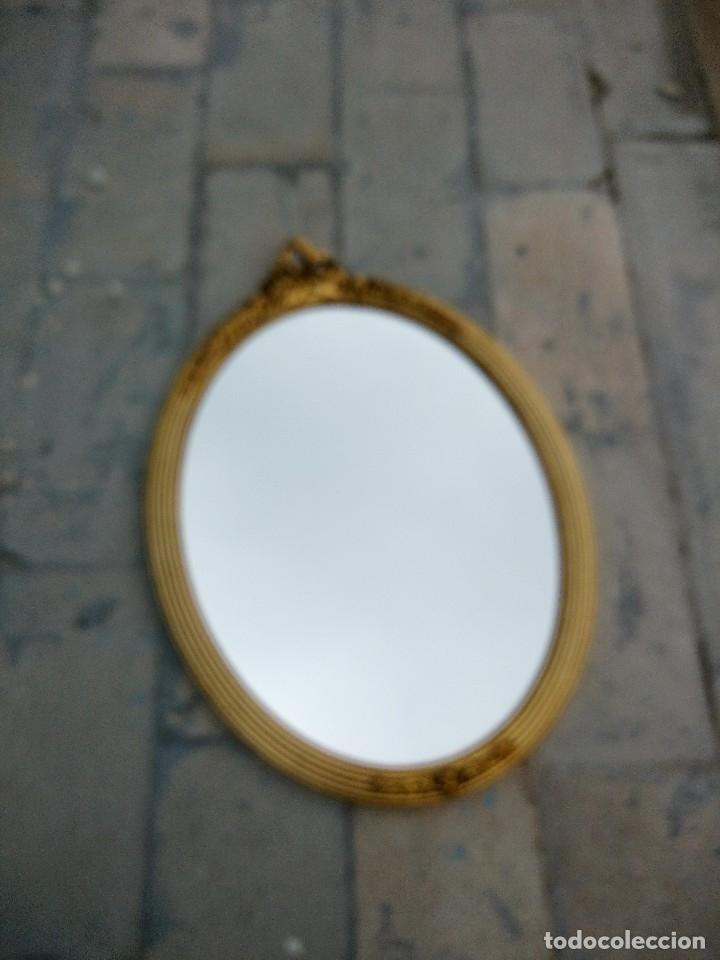 Antigüedades: antiguo espejo estilo isabelino de madera pintado en dorado - Foto 2 - 214070977