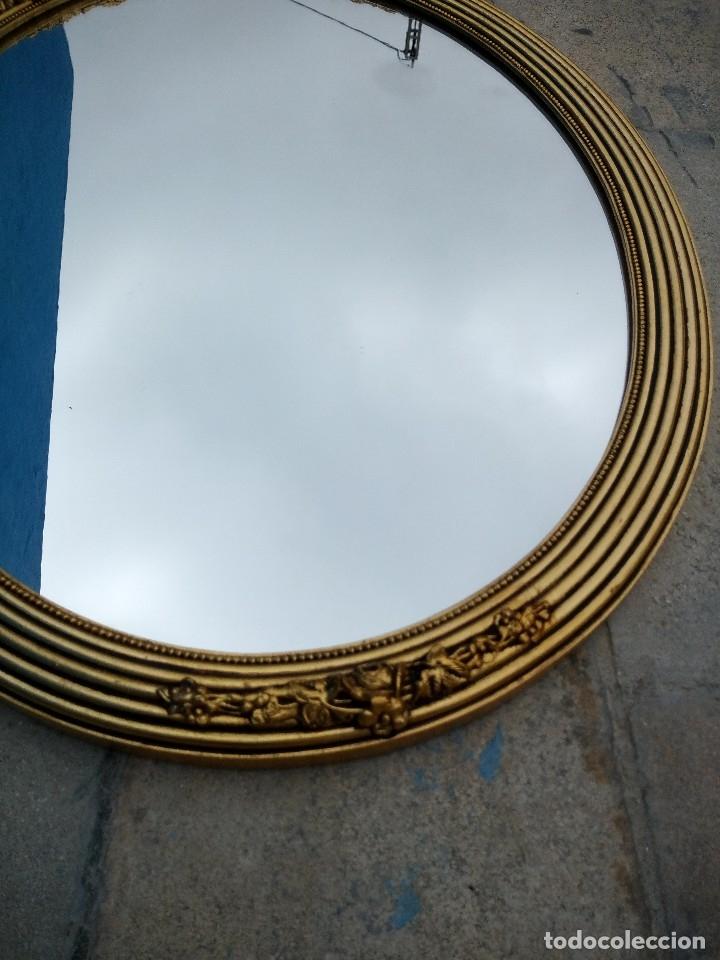 Antigüedades: antiguo espejo estilo isabelino de madera pintado en dorado - Foto 4 - 214070977
