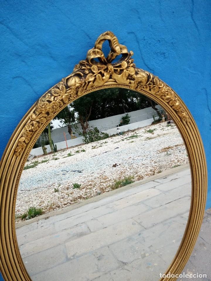 Antigüedades: antiguo espejo estilo isabelino de madera pintado en dorado - Foto 5 - 214070977