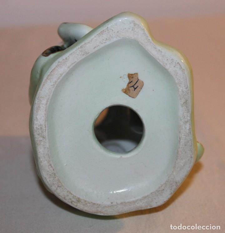 Antigüedades: FIGURA DE DAMA CON INSTRUMENTO EN PORCELANA CHINA ESMALTADA CON CABEZA OSCILANTE DEL SIGLO XX - Foto 7 - 119283183
