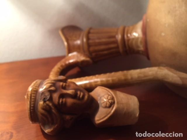 Antigüedades: Antigua jarra jarron ceramica alfareria española, con tapon figura caras parte superior esmaltada - Foto 7 - 119292691