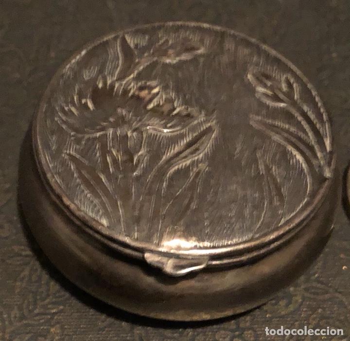 Antigüedades: Preciosa polvera modernista de pequeñas dimensiones - Foto 2 - 119297399