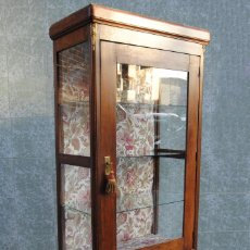 Antigüedades: ANTIGUA VITRINA ALFONSINA RESTAURADA. Lote 119387043