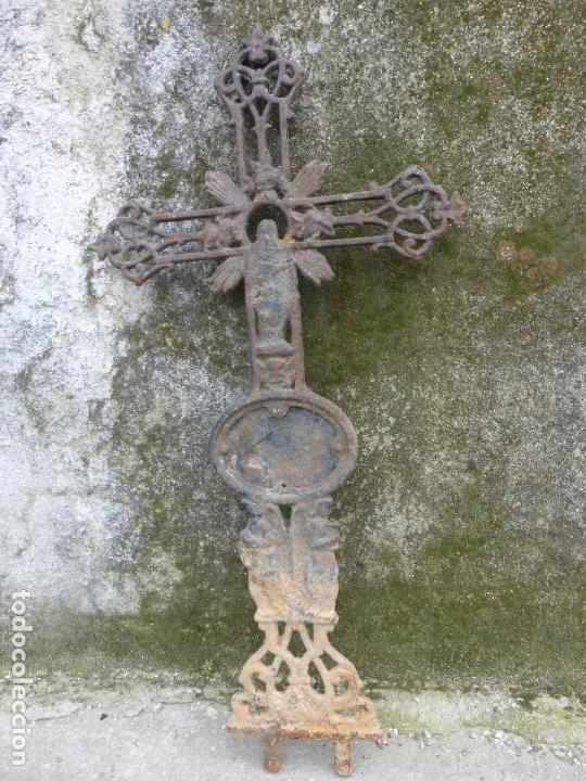 Antigüedades: ANTIGUA CRUZ DE CEMENTERIO EN HIERRO FUNDIDO - MAS DE UN METRO DE ALTURA. TUMBA - CEMENTERIO - Foto 8 - 119418527