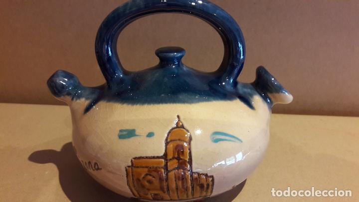 PEQUEÑO BOTIJO DE CERÁMICA - GIRONA / 10 CM ALTO X 14 DE ANCHO. / PERFECTO. (Antigüedades - Porcelanas y Cerámicas - Otras)