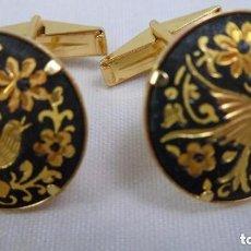 Antigüedades: GEMELOS DAMASQUINADOS ORO DE TOLEDO. Lote 119483403