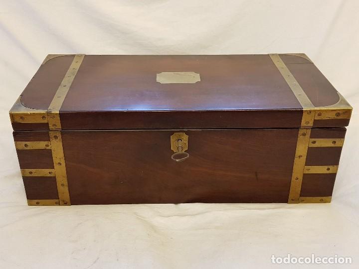 ESCRITORIO DE CAMPAÑA DE CAOBA. AUTÉNTICO. PRINCIPIOS DEL SIGLO XIX (Antigüedades - Muebles Antiguos - Escritorios Antiguos)
