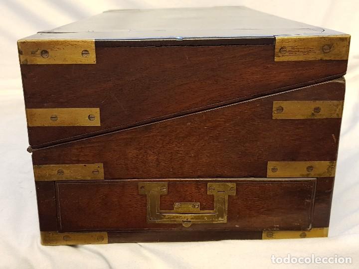 Antigüedades: Escritorio de campaña de caoba. Auténtico. Principios del siglo XIX - Foto 5 - 119488995
