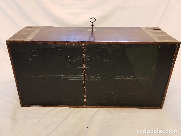 Antigüedades: Escritorio de campaña de caoba. Auténtico. Principios del siglo XIX - Foto 7 - 119488995