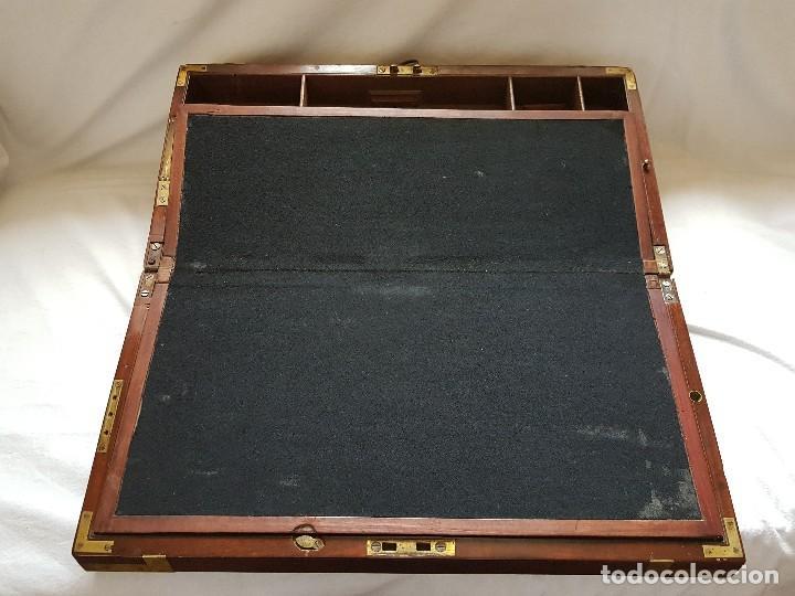 Antigüedades: Escritorio de campaña de caoba. Auténtico. Principios del siglo XIX - Foto 10 - 119488995