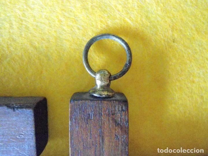 Antigüedades: ANTIGUAS CRUCES DE CAOBA DE VIACRUCIS - Foto 2 - 119530639
