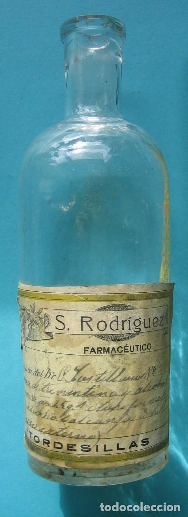 FARMACIA - ANTIGUO FRASCO FARMACIA S. RODRIGUEZ TORDESILLAS VALLADOLID - ESENCIA TREMENTINA - 19 CM (Antigüedades - Cristal y Vidrio - Farmacia )