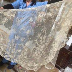 Antigüedades: VELO MANTILLA DE ENCAJE DE BRUSELA. Lote 119575459