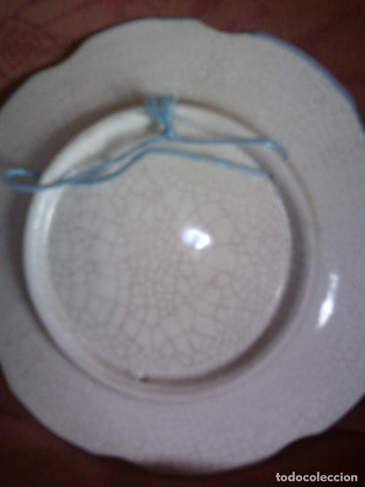 Antigüedades: PLATO CERAMICA DE ALCORA BORDES LOBULADOS, MIDE 20CM. DE DIAMETRO - Foto 4 - 119584827