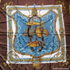 Oggetti Antichi: EXCEPCIONAL PAÑUELO CARRE HERMES PARIS ORIGINAL - BRIDE DE COUR - F DE LA PERRIERE - SEDA GRANDE. Lote 119605775