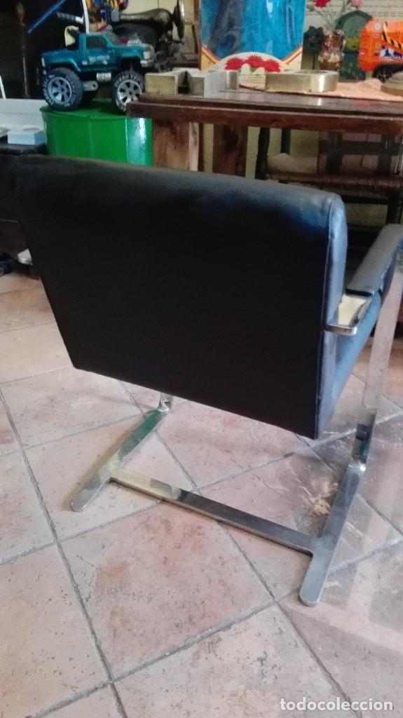 Antigüedades: Exclusivo sillon de diseño en acero inoxidable rtve vintage numerado unico en venta - Foto 4 - 119619031