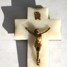Antigüedades: CRISTO DE BRONCE SOBRE CRUZ DE MÁRMOL BISELADO MARAVILLOSO. Lote 119622963