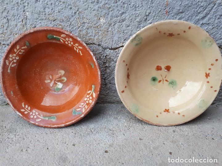 DOS ANTIGUO PLATITOS DE LA BISBAL (Antigüedades - Porcelanas y Cerámicas - La Bisbal)