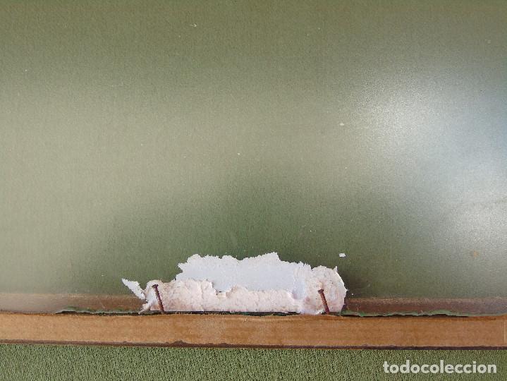 Antigüedades: ANTIGUO MARCO DE MADERA Y BORDE INTERIOR EN DORADO. CON CRISTAL MATE. - Foto 8 - 119650127