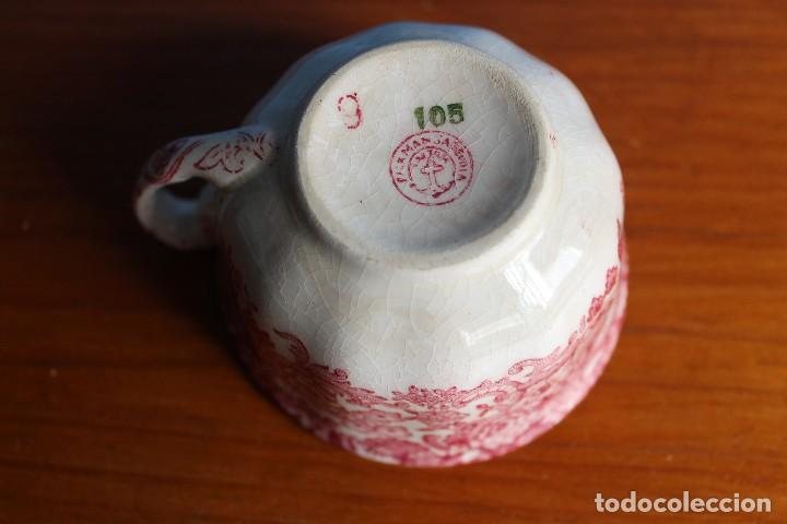 Antigüedades: TAZA DE CAFE ANTIGUA PICKMAN DECORADA EN ROSA PORCELANA SEVILLA - Foto 3 - 119657847