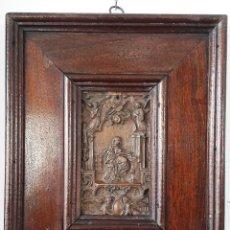 Antigüedades: PLACA REPUJADA EN COBRE DE MEDIADOS DEL SIGLO XIX REPRESENTANDO A SANTA CECILIA. FIRMADA. Lote 119666187