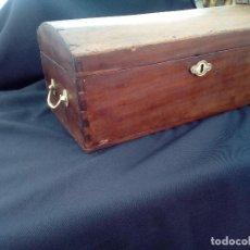Antigüedades: PRECIOSO BAUL PEQUEÑO DE MADERA. Lote 119710423
