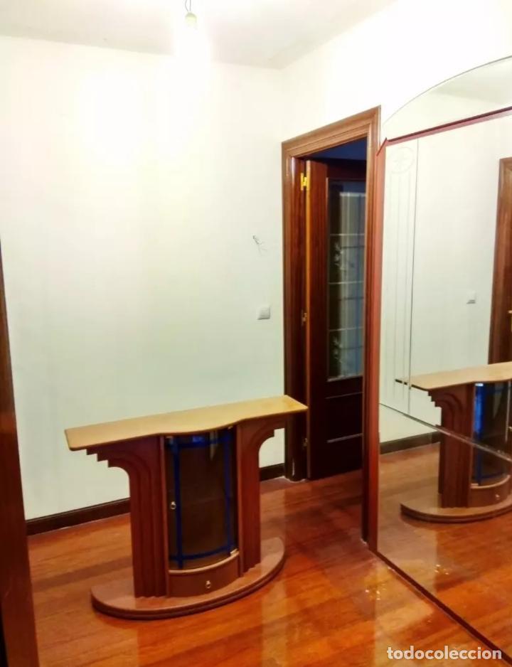Antigüedades: Mueble recibidor y espejo antiguo - Foto 2 - 119756411