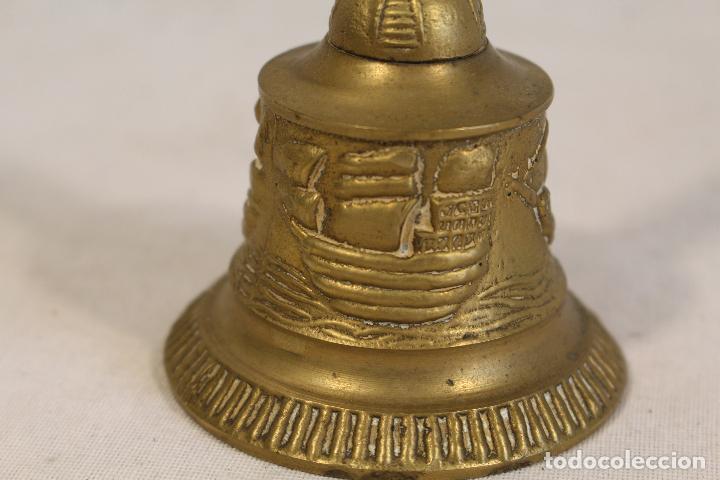 Antigüedades: campanilla, campana de mano en bronce - Foto 2 - 119837431