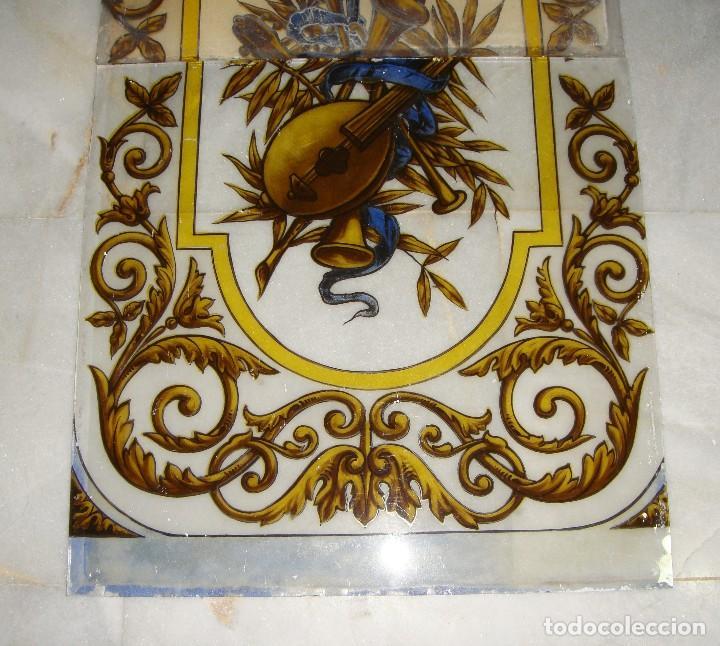 Antigüedades: Antigua Vidriera o Cristalera. S.XIX. Pintada a mano. En 2 piezas. - Foto 2 - 119863151