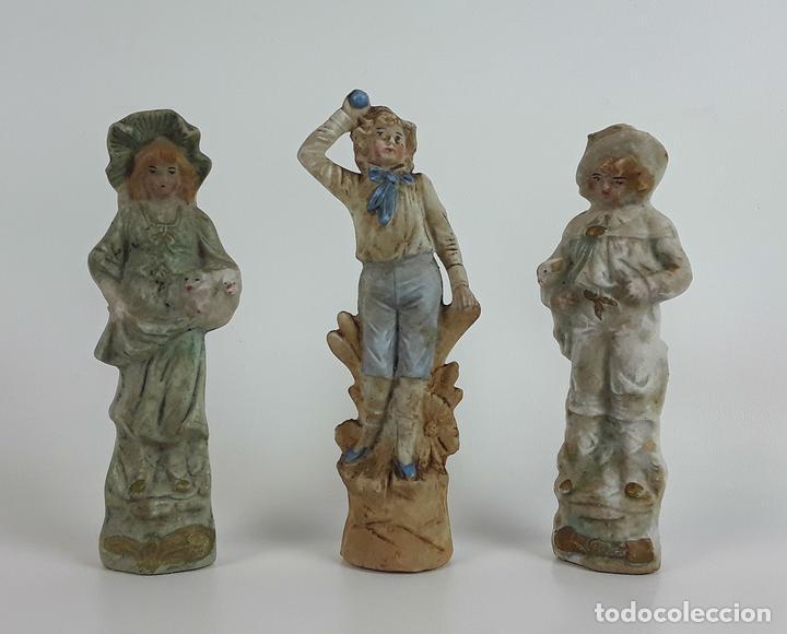 CONJUNTO DE 3 FIGURAS DE PORCELANA. ALEMANIA. SIGLO XX. (Antigüedades - Porcelana y Cerámica - Alemana - Meissen)