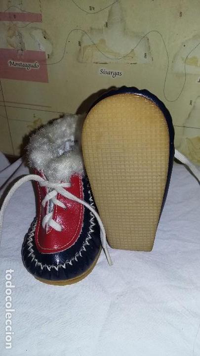 Antigüedades: Botitas para bebés o muñecas - Foto 4 - 243344050