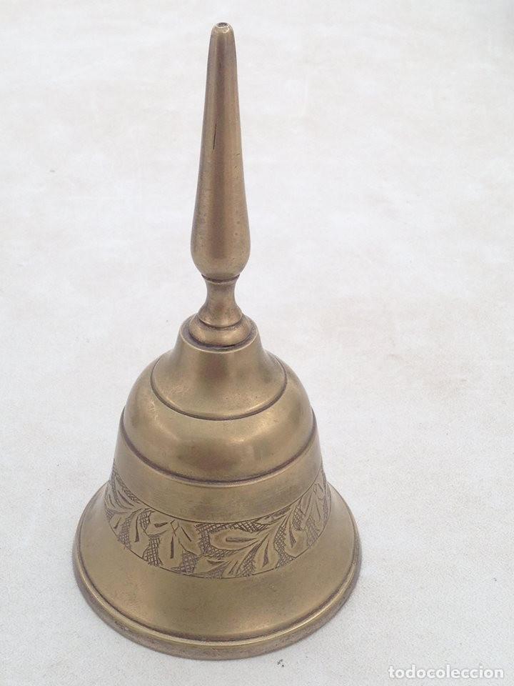 CAMPANA ECLESIASTICA DE SOBREMESA O ALTAR (Antigüedades - Religiosas - Ornamentos Antiguos)