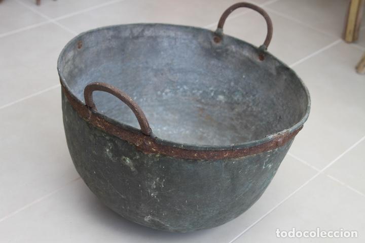 CALDERA COBRE ASTURIANA ANTIGUA MIRANDA AVILES ASTURIAS ETNOGRAFIA 42 CM (Antigüedades - Técnicas - Rústicas - Utensilios del Hogar)