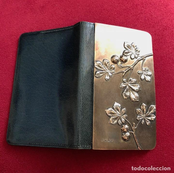 Antigüedades: Cartera de piel y plata punzonada Principios s XX Adorno floral - Foto 5 - 119999267