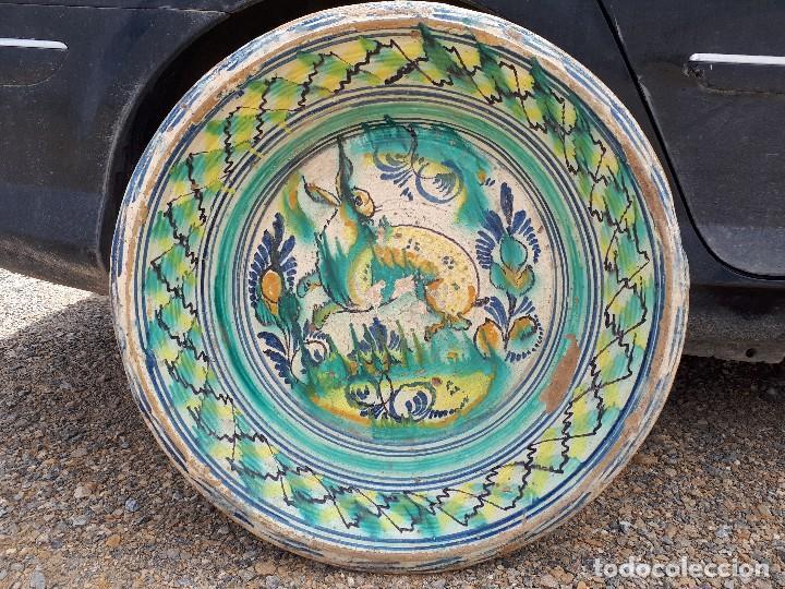 ANTIGUO LEBRILLO DE TRIANA, PINTADO A MANO (Antigüedades - Porcelanas y Cerámicas - Triana)