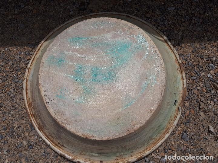 Antigüedades: antiguo lebrillo de triana, pintado a mano - Foto 6 - 120064743